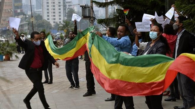 Ethiopians celebrate progress in building dam on Nile River