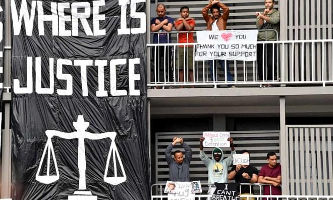 Refugee advocates concerned for detainee held in Brisbane hotel for 16 months