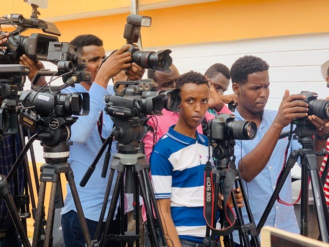 Journalists call on respect for media ahead of national polls