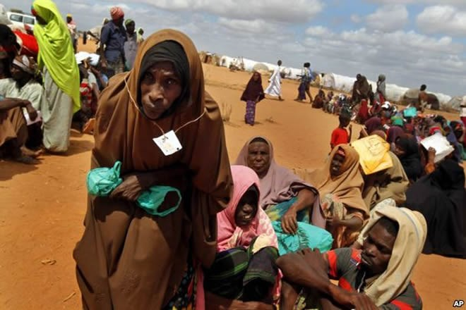 2016826636077723939955643A2B939034800660 Somali Refugees Leaving Kenya Due to Threats from security officials.