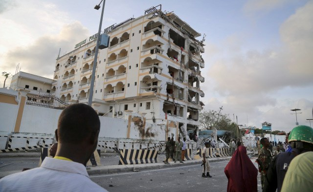 2016928636106256990632786ap 787689809563 Tourists are heading to Somalia to see the ruins of a two-decade civil war