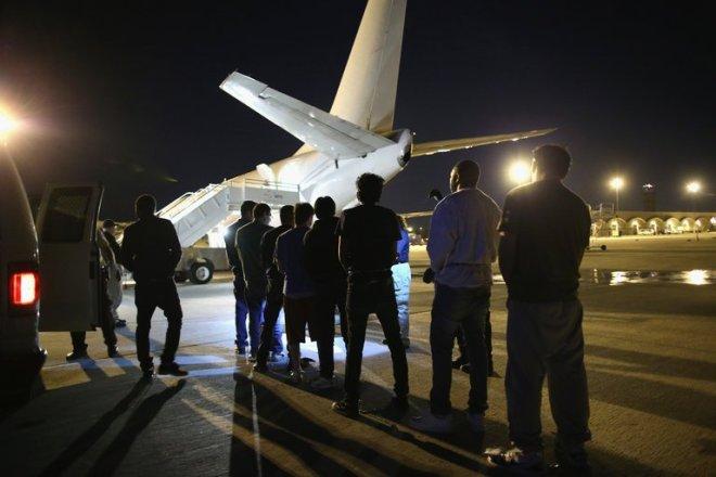 Somalis face 'slave ship conditions' on failed deportation flight
