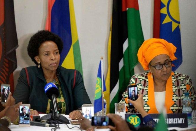 African Union lets Sadc bloc take lead on Zimbabwe
