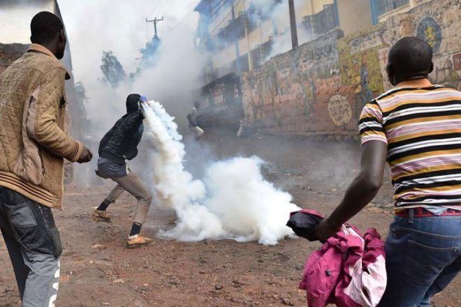 20171028636447485064184002kibpic Kenya: Raila Urges Supporters to be Calm