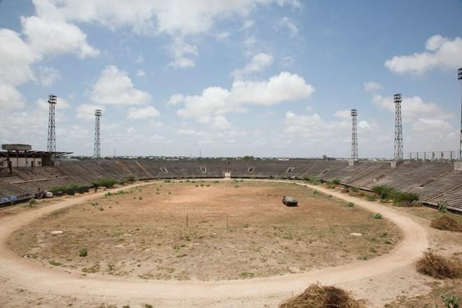 Mogadishu mayor holds talks with AMISOM officials over Mogadishu Stadium