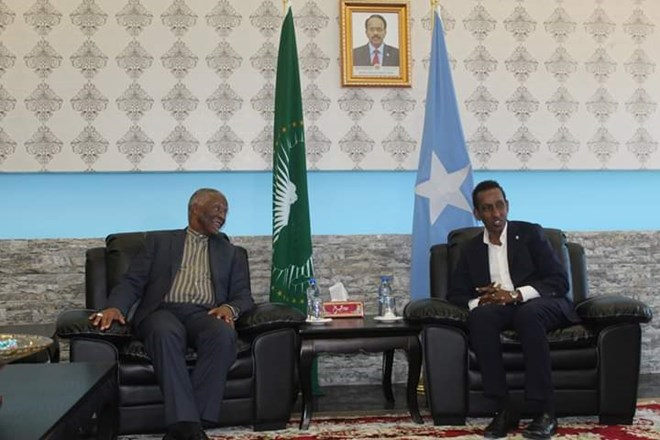 Somali foreign minister receives African Union delegation led by Mbeki in Mogadishu