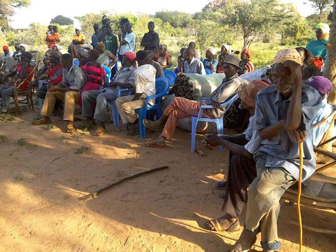 Some residents of Ukasi ward in Kitui County who have been displaced by banditry activity and are leaving in the bush attending a security meeting at Sosoma trading centre on Tuesday last week./MUSEMBI NZENGU