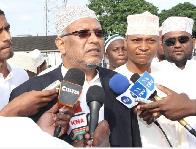 Chief Kadhi Ahmed Muhdhar addressing the press during a past Eid Ul Fitr celebrations. /FILE