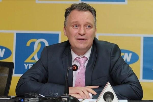 Uganda deports MTN CEO Wim Vanhelleputte