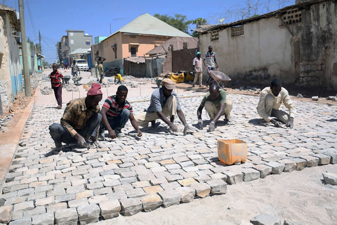 Baidoa residents applaud Norway's commitment to infrastructural development in the region.