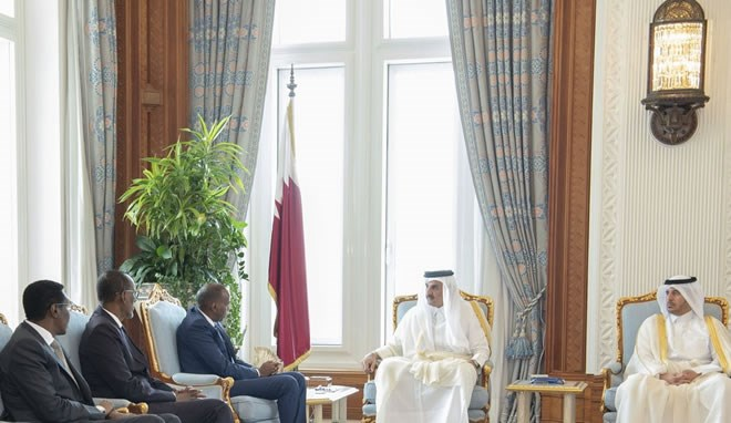 Qatar, Somalia discuss means to boost bilateral ties