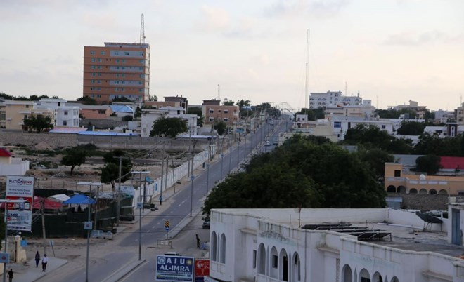 FILE PHOTO: A general view of Somalia's capital Mogadishu October 25, 2015. REUTERS/Feisal Omar/File Photo